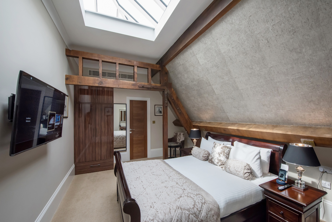 Lansbury Sky view room