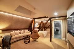 Lansbury Sky View Junior Room